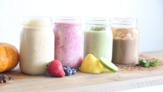 5 Healthy Smoothies with Essential Oils