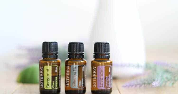 The best essential oil blends for mood support. Natural remedies for anger, fear, and depression.