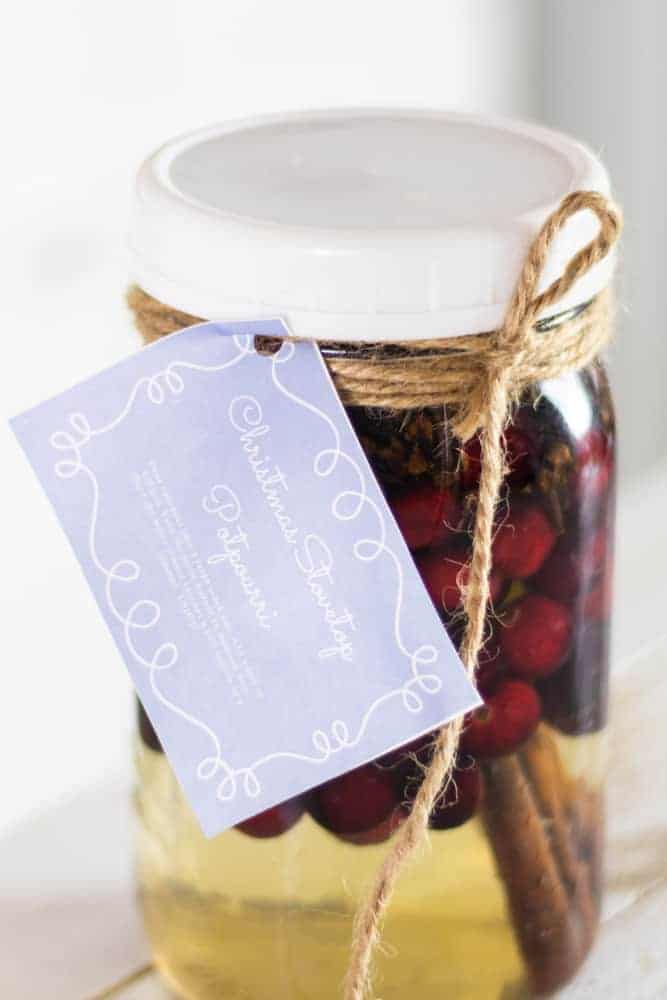 homemade stovetop potpourri with custom gift tag