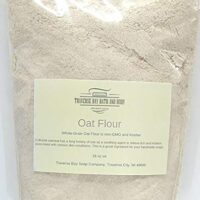 Colloidal oatmeal (oat flour), 16 oz Great for soap making