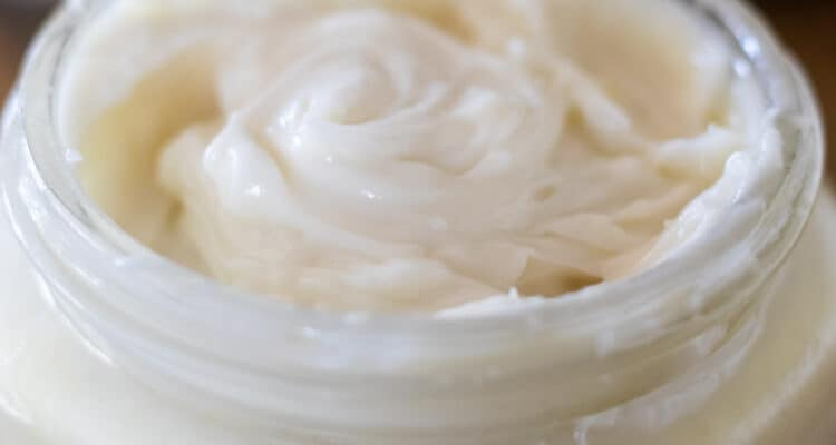 diy white shaving cream in mason jar